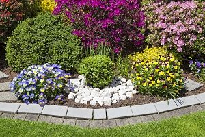 Tips for Laying Decorative Stone Around Your Home in Glen Arm