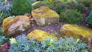 Fun Uses for Landscaping Boulders on Your Loch Raven Property